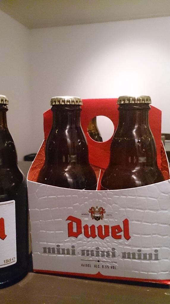 """""""Groots bier, kleine fles"""""""